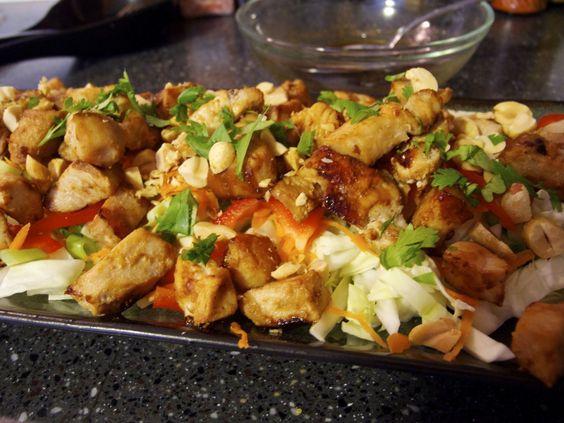 chicken pad thai salad