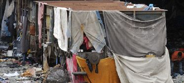 La consecución de los Objetivos de Desarrollo del Milenio (ODM) en 2015 está en peligro si persiste en estos años la apuesta de los gobiernos por la austeridad y el impacto que esas políticas tienen actualmente en la reducción de fondos para la cooperación internacional, alertó la Organización de Naciones Unidas (ONU), en un informe divulgado este lunes.