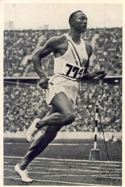 Berlin 1936 Olympics - Jesse Owens American Athlete takes home gold in track & field, thus making a mockery of aryan superiority in Hitler's stadium.  Yay Jesse!!!!: Berlin 1936, Aryan Superiority, Gold Medal, Olympics Jesse, Jesse Owens