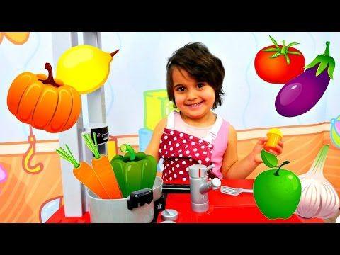 Oyuncak Bebek Banyo Yapma Videosu Kiz Oyunu Youtube Banyo Yapma Oyunlar Yemek