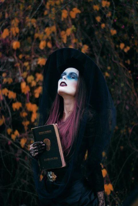 Classic Witch Costume