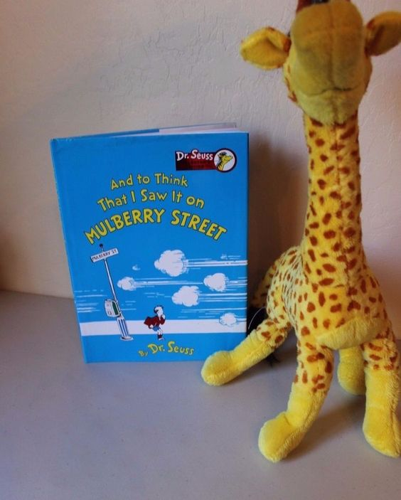 """Dr Seuss """"And to Think That I Saw It on Mulberry Street"""" Book + Giraffe Plush…"""