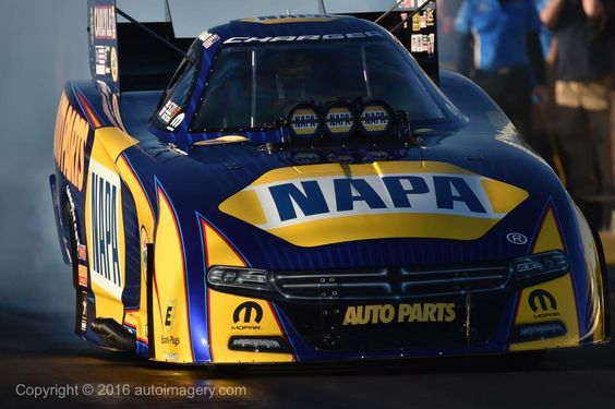 Ron Capps and Team Testing during the Pre-Season