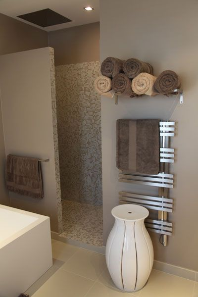 salle de bains zen bagno pinterest portes serviettes et lunettes. Black Bedroom Furniture Sets. Home Design Ideas