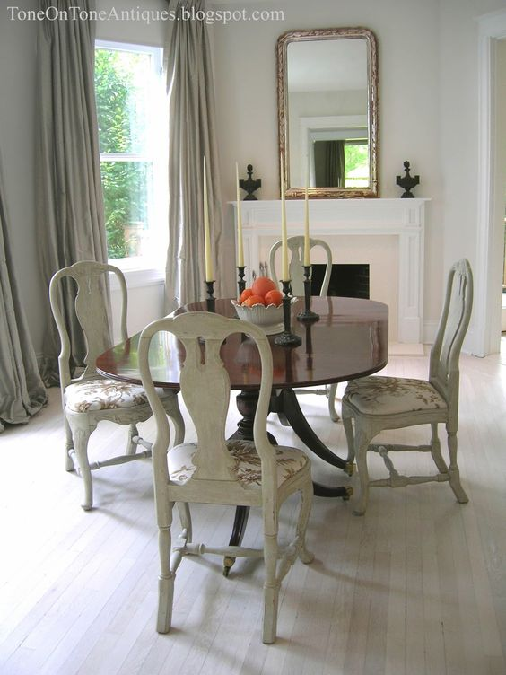 Tone On Tone: Duncan Phyfe Dining Table With Painted Queen Anne