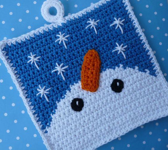 Free Crochet Snowflake Potholder Pattern : Snowman Gazing at Snowflakes Potholder Crochet PATTERN ...