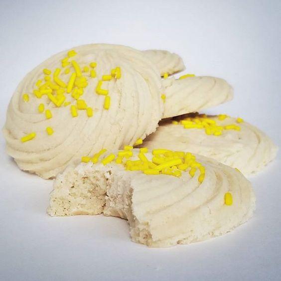 Lemon shortbread  #lemon #zest #shortbread #cookies #glutenfree #makesomethingbeautiful @bonniegordoncollege