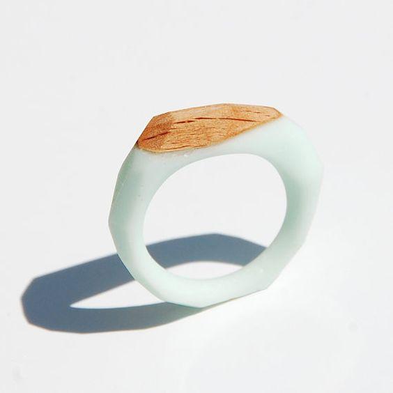 Monopolka ring de bois et résine - Blog Esprit Design