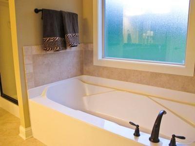 Bath an window