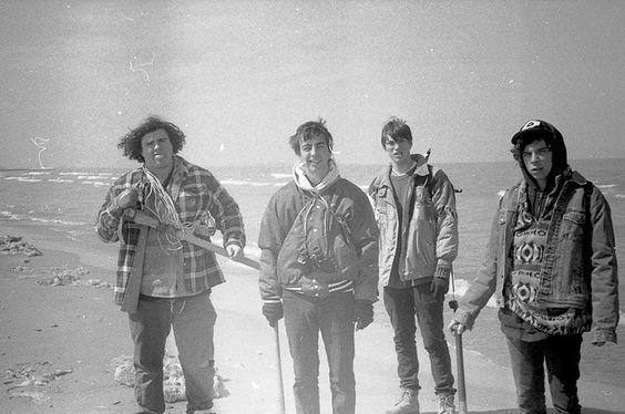 Wild Onion é o álbum que introduziu o quarteto de Chicago ao grande público. Como um agradável e energético rock n roll, o grupo formado por Kack Dolan (baixo), Cadien Lake James (vocal), Clay Frankel (guitarrista) e Connor Brodner (baterista) se destacou em 2014 e promete fazer muito barulho em 2015. Enquanto isso, saiu essa…