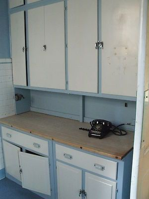 Complete 1940 39 s wooden kitchen cabinets complete with for 1940s kitchen cabinets