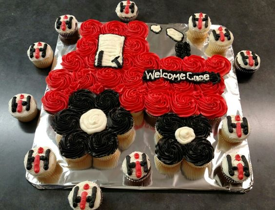 Case ih tractor cupcake cake by cake designs by tasha