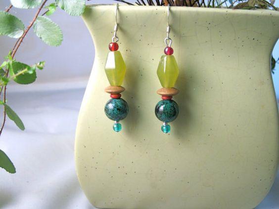 Green agate earrings $14 #agate #glass #wood #bone #earrings