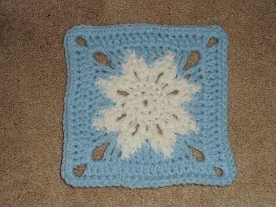 Snowflake Square.... Free pattern!!