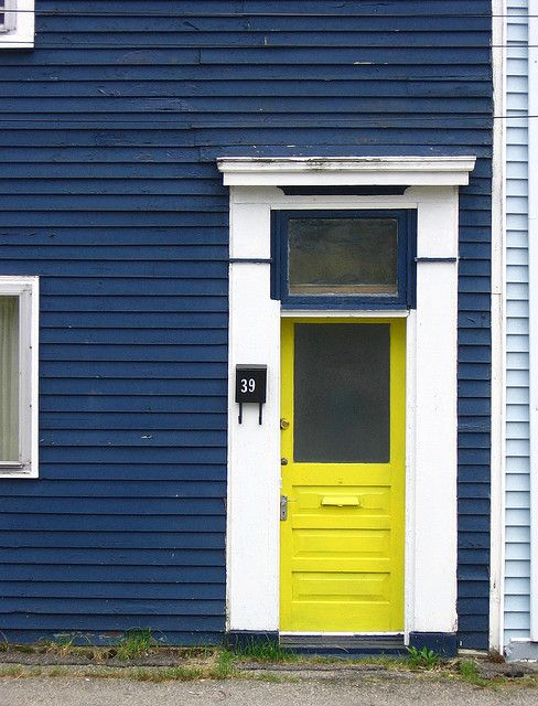 Dark blue house white trim and yellow door - White house with blue trim ...