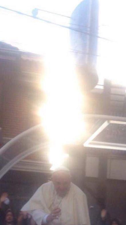 Papa Luz Light Aita Santu