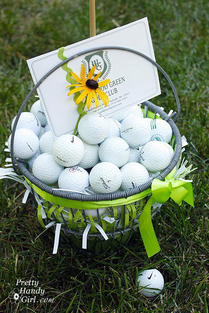 golf gift basket with certificate to 18 holes