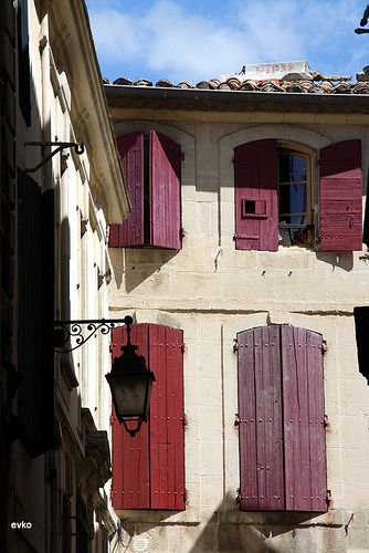 Windows with shutters found in France.Photo: flickr.com/photos/diamonds/france