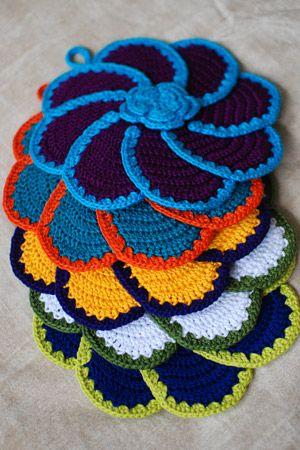 Crochet floral potholder