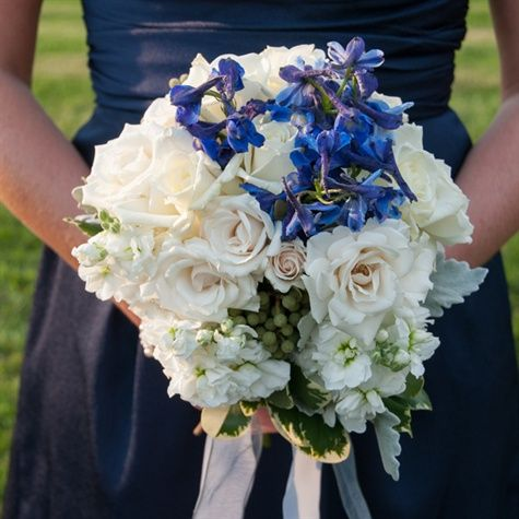 White and Blue Bridesmaid Bouquets nice