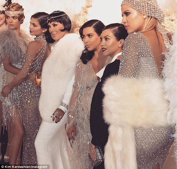Girl time: The reality stars were the epitome of Gatsby glam as they cosied up to each other for a snap
