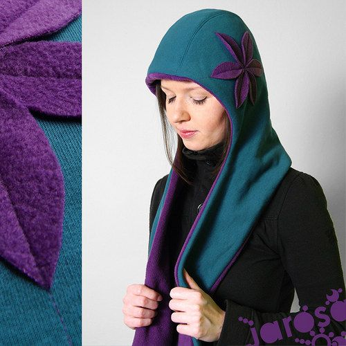 perfect cut, perfect colors, perfect idea!  Hat and scarf 2in1