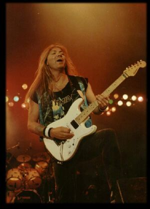 Jackson Custom Strat (No Prayer On The Road, Fear Of The Dark Tour & A Real Live Tour)