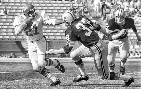 Chiefs vs Packers in Super Bowl 1.