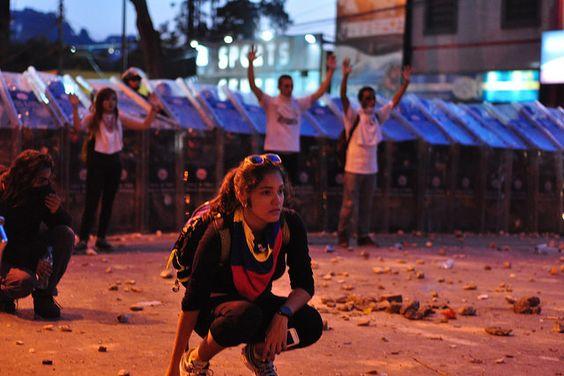 Protestieren für mehr Sicherheit  Von Knut Henkel | Jungle World 08/2014 | In Venezuela protestiere ...