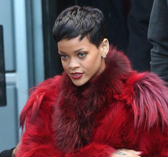 Outfits: Rihanna, en París
