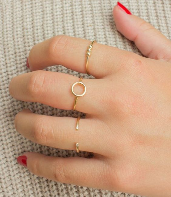 Minimal Rings, Minimalist Jewelry Inspiration