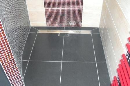 Badezimmer Fliesen Legen Kosten Stock In 2020 With Images Tile