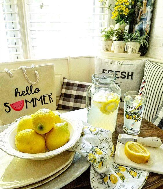 Farmhouse kitchen summer decorating with lemons farmhouse lemon decor lemons as centerpiece