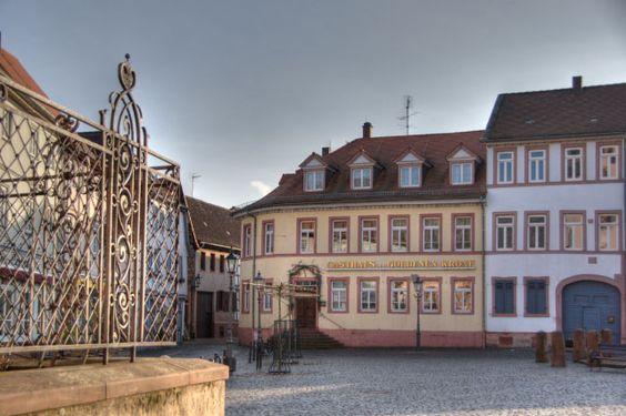 babenhausen germany   Gross-Umstadt_Markt_Gasthaus_Zur_goldenen_Krone