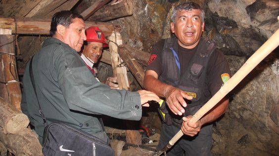 Peru's PM: It could take days to free trapped miners