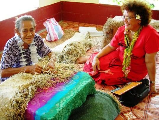Samoan lady mat weaving