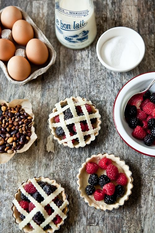 Fresh Berries Tartelettes - the making of. Helene Dujardin ...