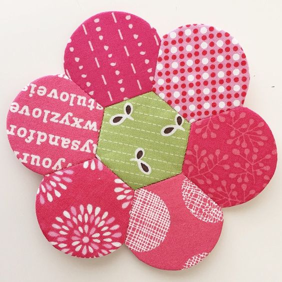 Each new one I finish is my favorite!  #EPP #englishpaperpiecing #abrightcornerhexdens
