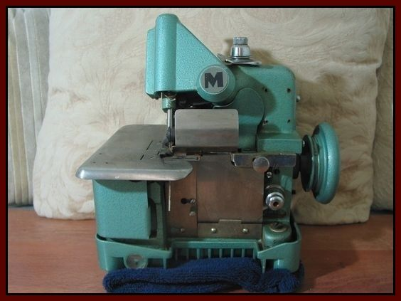 Mercury Over Lock M-81A-3 Sewing Machine 1940's or 1950's  Junk0926  http://ajunkeeshoppe.blogspot.com/