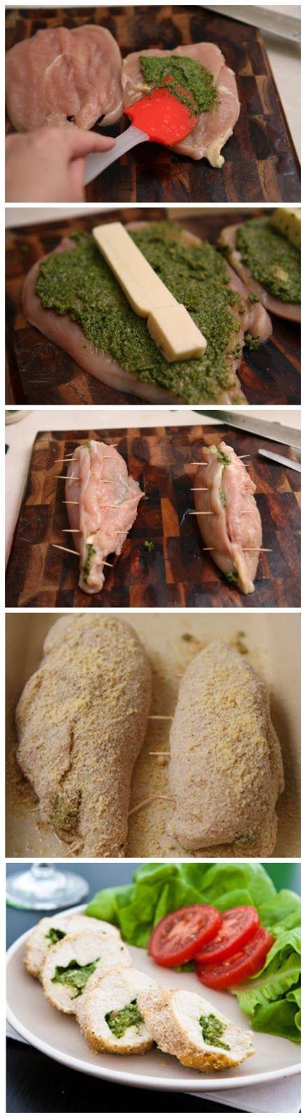 Ideal para el almuerzo. Pechuga de pollo, al pesto con mozazarella.  Puedes hacer al horno y colocarle tus ingredientes preferidos.
