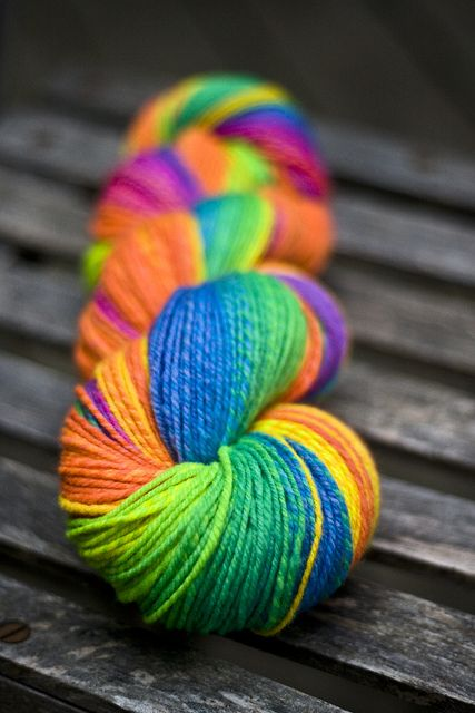 Rainbow | Arc-en-ciel | Arcobaleno | レインボー | Regenbogen | Радуга | Colours | Texture | Style | Form | yarn