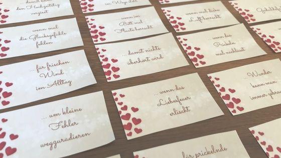 Ehenotfallkoffer Hochzeitsgeschenk Inkl Druckvorlage In 2020 Hochzeitsgeschenk Notfallkoffer Hochzeit Geschenk Hochzeit