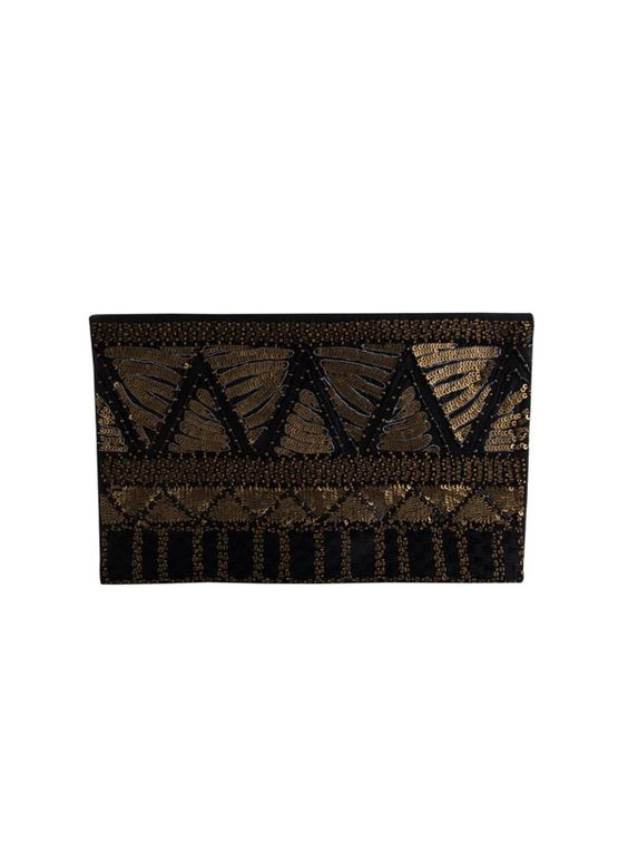 Style your outfit with this beautiful sequined clutch by The Purple Sack, now available on strandofsilk.com! #indianaccessories #indianclutches #handbags #black #sequined #embroidery #beautiful #simple #outfit #stylish #strandofsilk #ThePurpleSack #loveit
