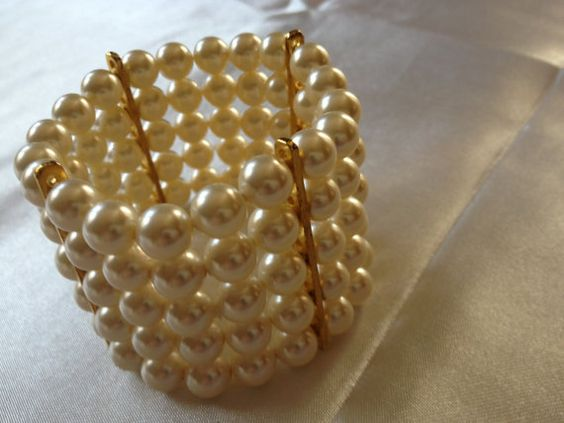 Swarovski Glass Pearl Bracelet by BlackPearlCouture on Etsy