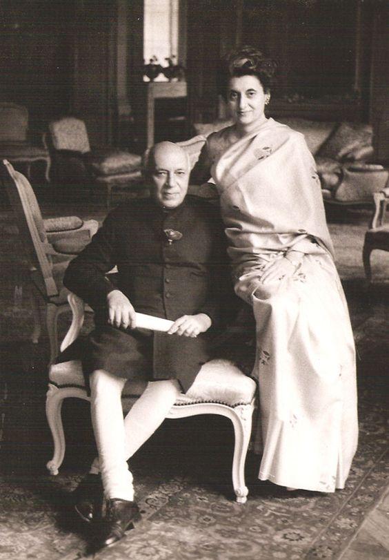 Jawaharlal Nehru und Indira Gandhi