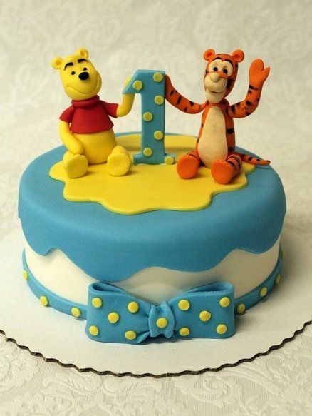 Winnie the pooh and Tigger  Cake by Neva