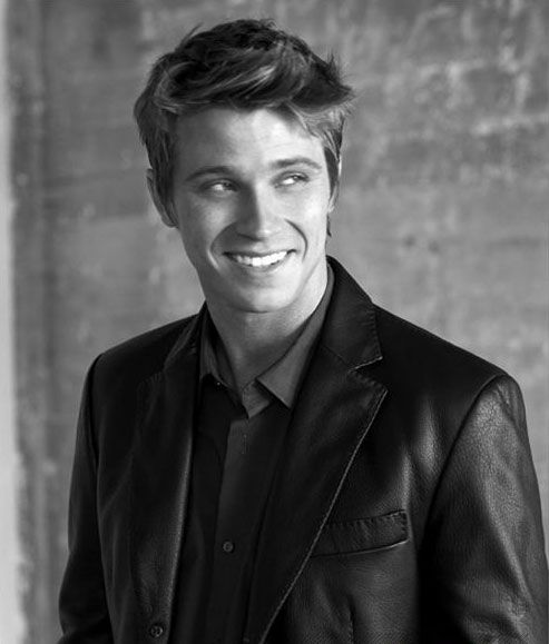 """Garette Hedlund~ Movies: Eragon, four brothers as Jack Tron as Sam Flynn. The next Captain Hook in the upcoming film """"Pan"""". Why have I not paid more attention to him!?!"""