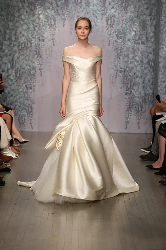 Your dream wedding dress may just be within sight! Alluring lace details, feminine neck lines and bold cuts make this Monique Lhuillier fall 2016 collection dream-dress worthy. See every last dress here. See every last dress ...