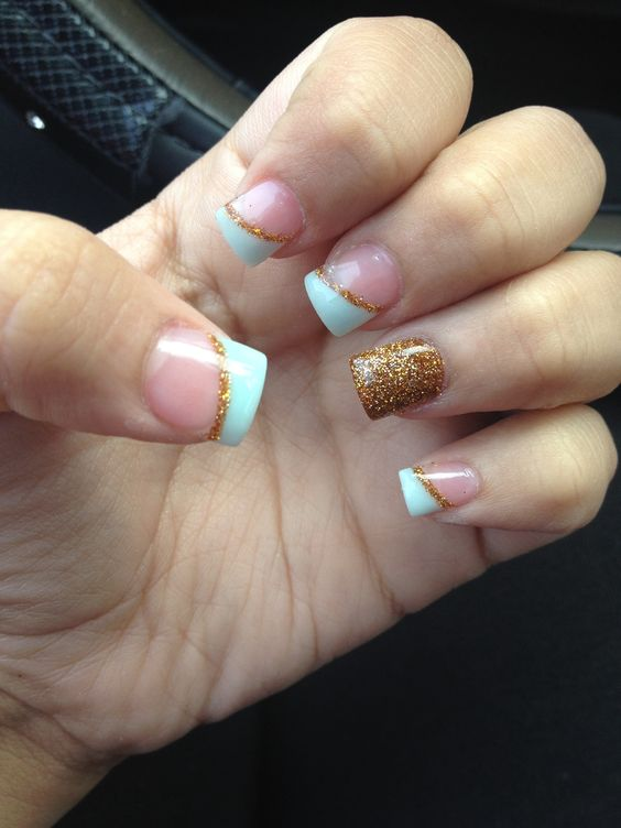 Acrylic nails mint green and gold