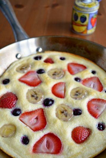 honey cloud pancake - egg white super yummy pancake substitute with berries!